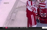 Boston University goalie gives up blooper goal in NCAA title game