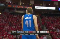 Dirk Nowitzki converts the 4-Point play