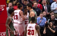 Jimmy Butler throws down the slam on Zaza Pachulia