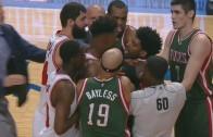 Scrum ensues between Chicago Bulls & Milwaukee Bucks