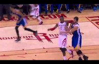 Dwight Howard throws his elbow at Andrew Bogut