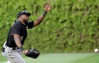Cubs walk off on on a fly ball that Gregory Polanco falls down while trying to play