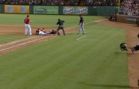 Texas Rangers get odd 4-2-3 putout after error