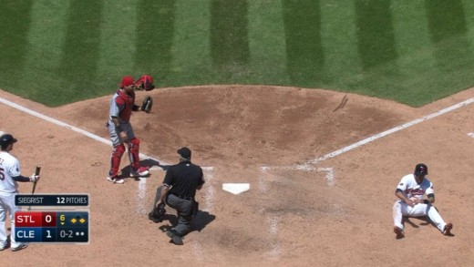 Yadier Molina fakes throw to second & nabs Chisenhall