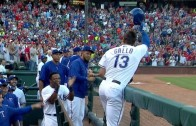 Joey Gallo belts his first career homer in debut