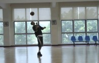 "Giannis ""Greek Freak"" Antetokounmpo shows off his soccer juggling skills"