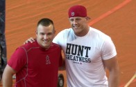 JJ Watt belts homers with ease in Houston during batting practice