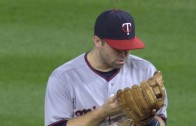 Brian Dozier has a conversation with his glove