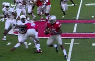 Ohio State RB Ezekiel Elliott hurdles NIU Defender