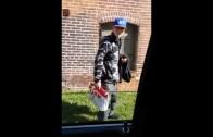 Eagles fan makes New York Giants fan remove his hat