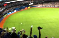 Epic: Mini Jose Bautista fan times his game winning home run