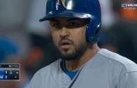 Royals bench player Christian Colon comes up with World Series winning hit