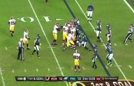 Kirk Cousins takes an idiotic knee to kill the clock