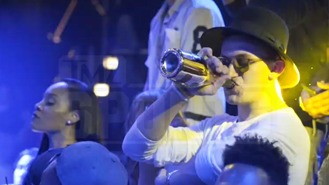 Johnny Manziel caught boozing again at a Miami nightclub