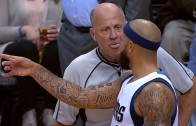 Referee provokes Deron Williams
