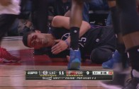 Austin Rivers extremely bloody after taking shot to his eye
