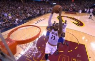 LeBron James throws down the no look alley-oop pass from JR Smith