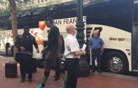 Warriors fans boo LeBron James at the Cavs team hotel