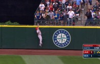 Mike Trout robs a grand slam from Leonys Martin