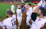 Jonathan Lucroy hits a 2-run walk off single for the Texas Rangers
