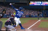 Josh Donaldson blasts solo homer to help Blue Jays win Game 4