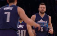Andrew Bogut throws down a beautiful Alley-Oop vs. the Knicks