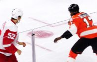 Flyers forward Wayne Simmonds drops Ericsson with one punch