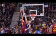 Richard Jefferson posterizes Klay Thompson with a massive slam