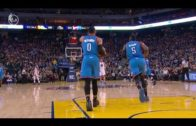 Russell Westbrook bizarrely walks up the court without dribbling