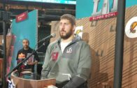 Alex Mack on why there aren't many left handed quarterbacks (FV Exclusive)
