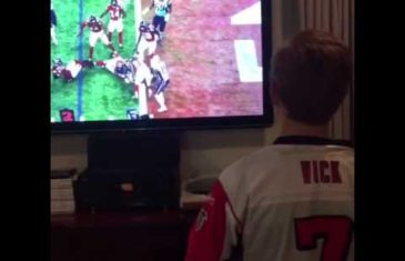 Atlanta Falcons fan changes to Patriots fan after Super Bowl loss