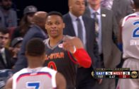 Kevin Durant throws an alley-oop to Russell Westbrook in the All-Star game