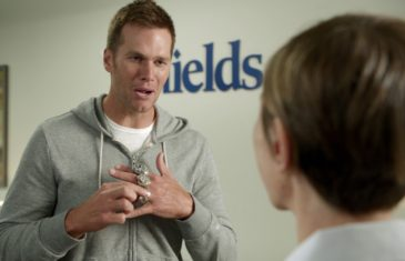 Tom Brady trolls Roger Goodell in new commercial saying he has 5 rings before Super Bowl LI