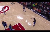 Dwight Howard & Dennis Schroder argue while Steph Curry hits a 3-pointer