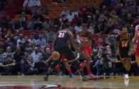 John Wall stuns Hassan Whiteside with beautiful nutmeg