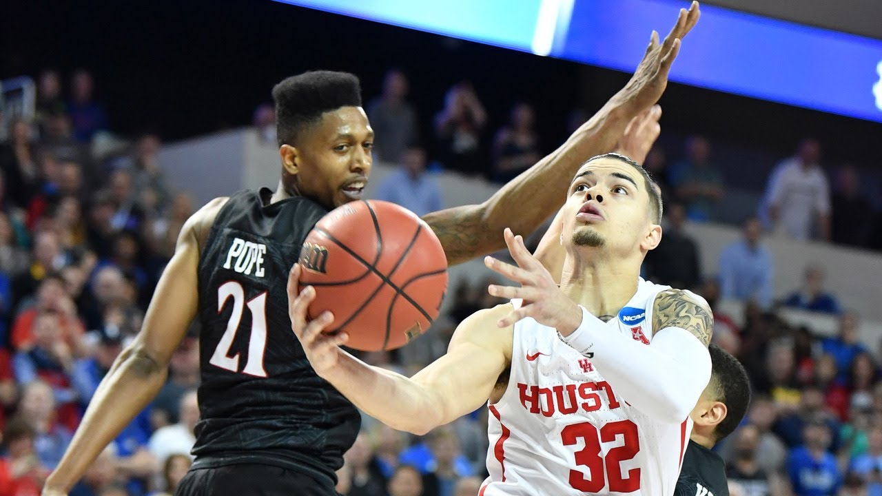 Rob Gray lifts Houston over San Diego State with last second layup