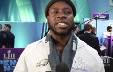 Jay Ajayi Talks His Favorite Running Backs, Reaching the Super Bowl & UK Football