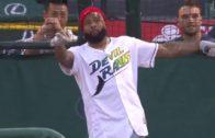 Giants' Brandon Marshall makes impressive catch at training camp