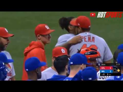 Benches Clear After Eric Sogard Yairo Munoz Scuffle After Hard Slide
