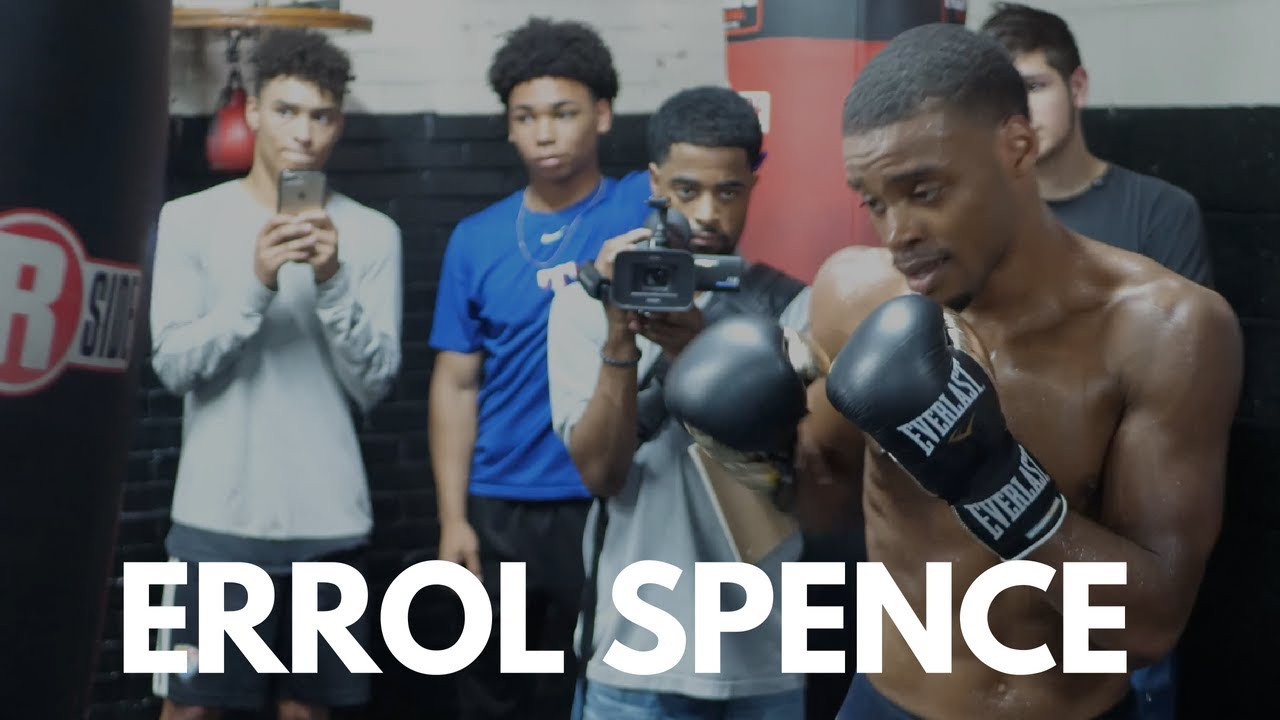 Errol Spence Jr. displays Powerful Body Shots on Heavy Bag