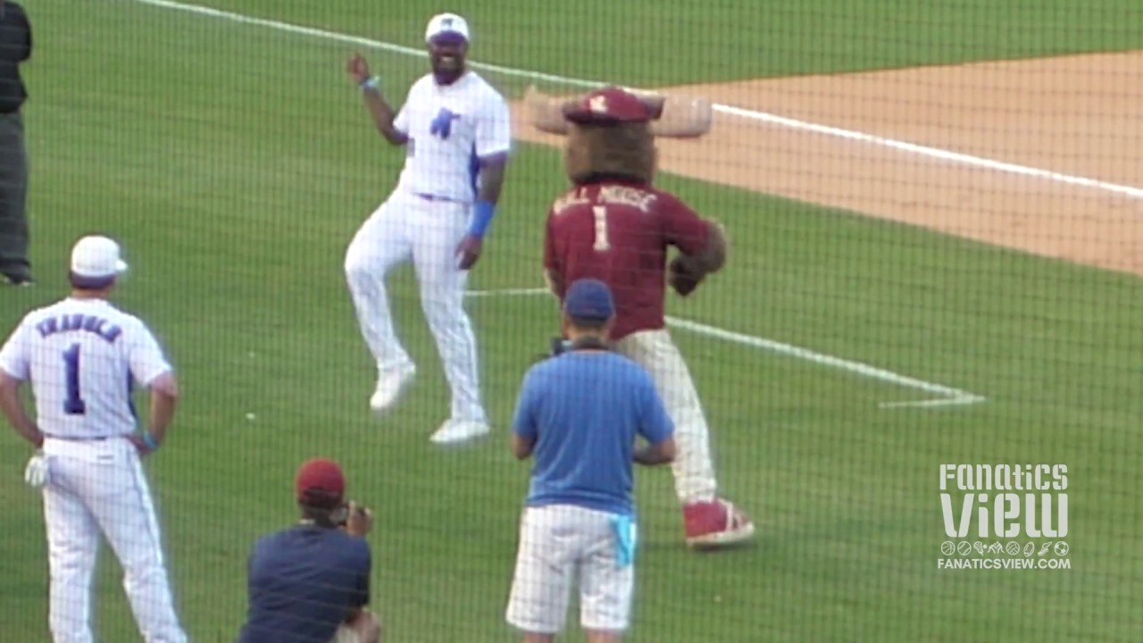 Von Miller Has Dance Battle With Mascot