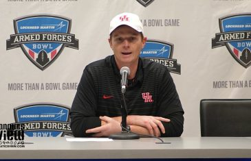 Major Applewhite speaks on Ed Oliver's Tenure at Houston & Army's 70-14 Blowout of Houston