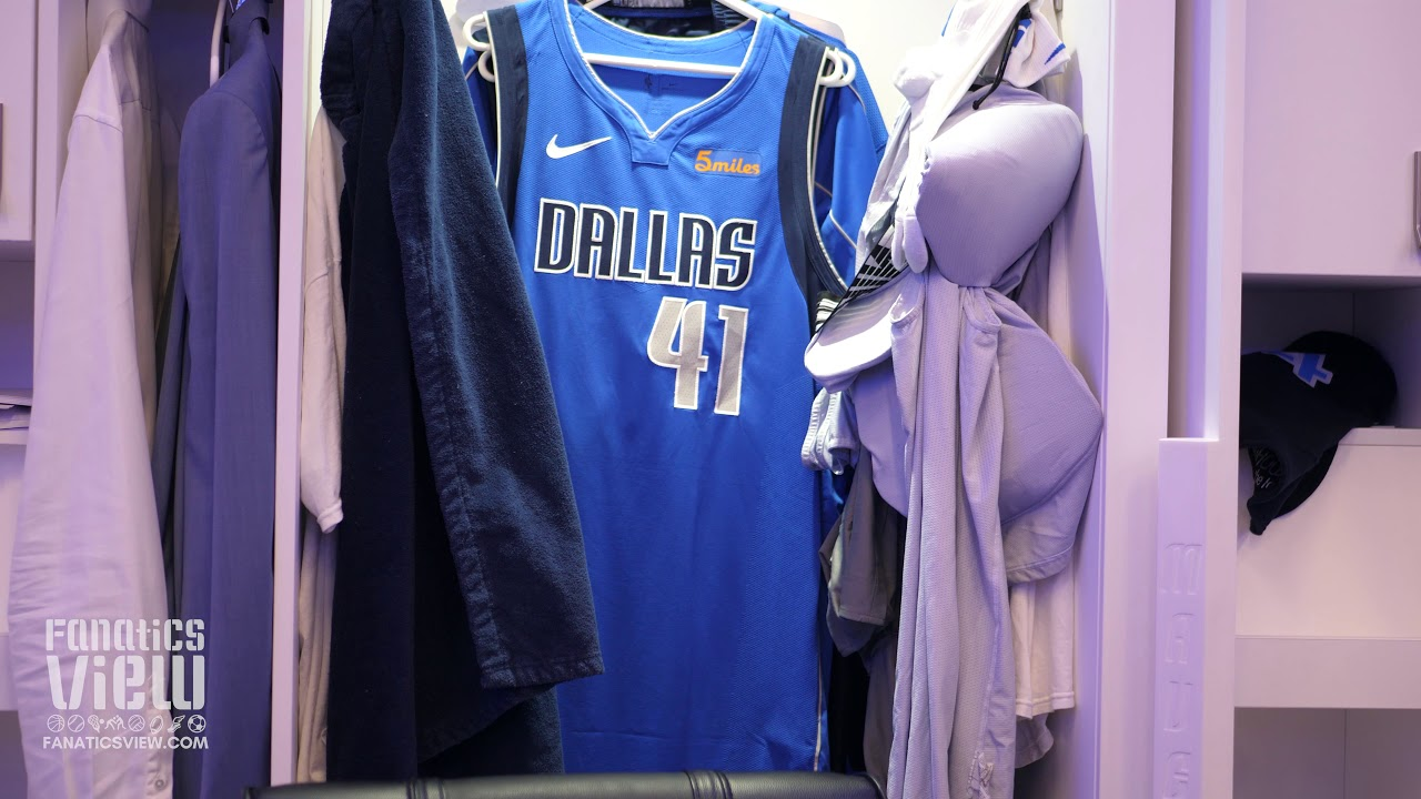 Dirk Nowitzki's Locker for Dirk's Final Dallas Mavericks Home Game