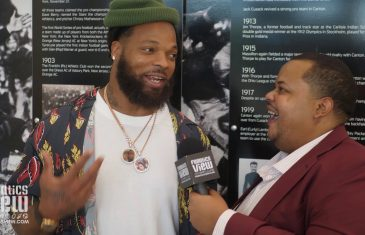 "Michael Bennett says ""It's All on the Dallas Cowboys"" Over His NFL Future"